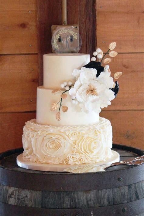 Four Oaks Bakery  Premier Wedding Cakes in Pittsburgh