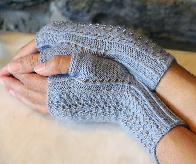 Mica Mitts