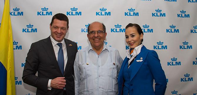 Alcalde Guerrero celebra vuelo directo de KLM desde Cali a Países Bajos