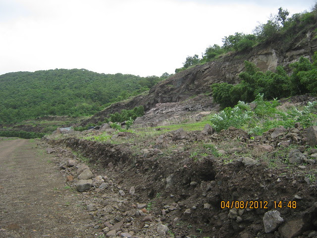 Cut, Demolished & Destroyed Hill of XRBIA Hinjewadi Pune - Nere Dattawadi, on Marunji Road, approx 7 kms from KPIT Cummins at Hinjewadi IT Park - 79