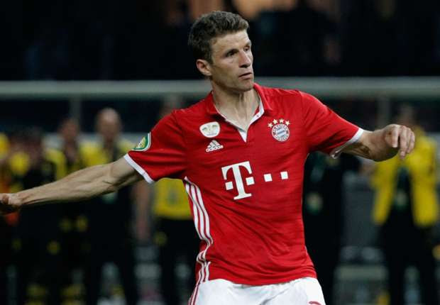 Manchester United made world-record bid for Muller - Rummenigge