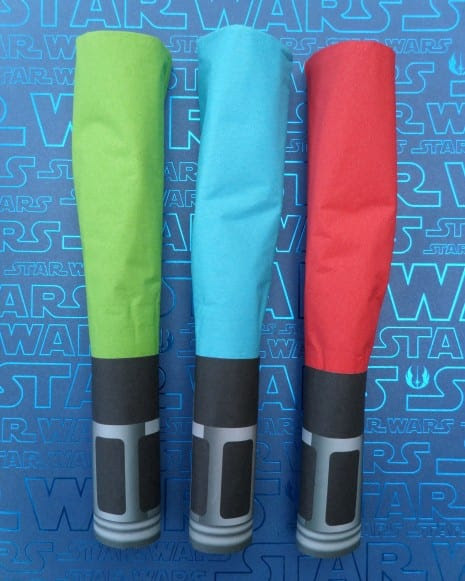 DIY Lightsaber Napkin Wraps for your Star Wars Party.