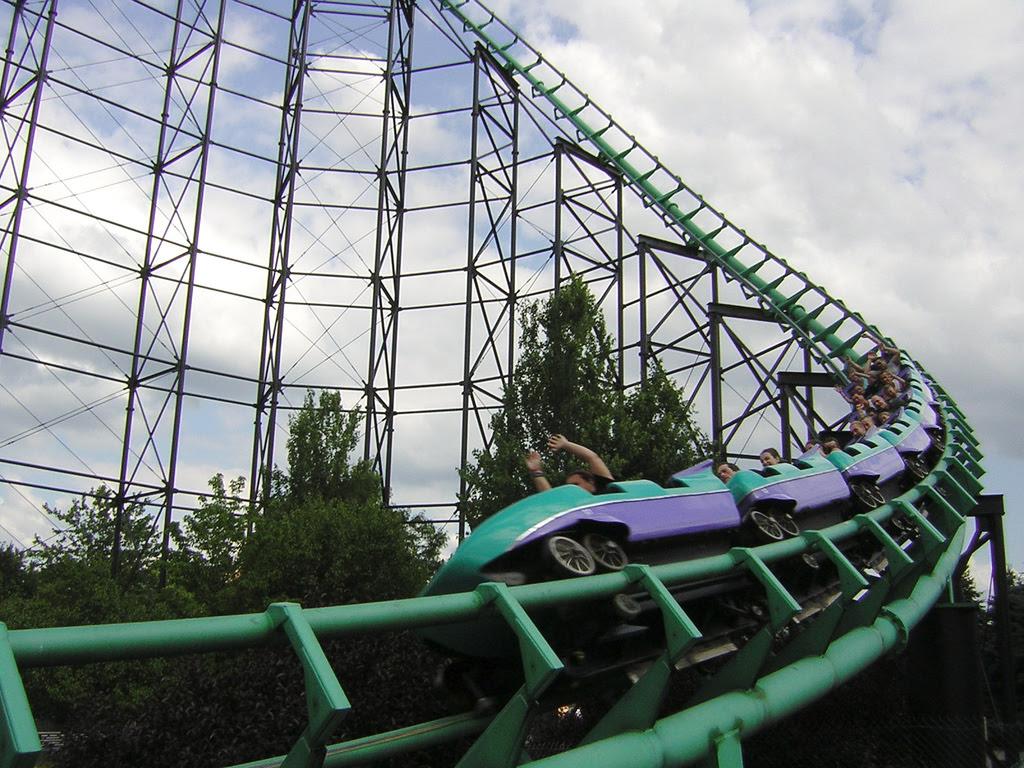 10 Roller Coaster y bisa bikin gendeng !