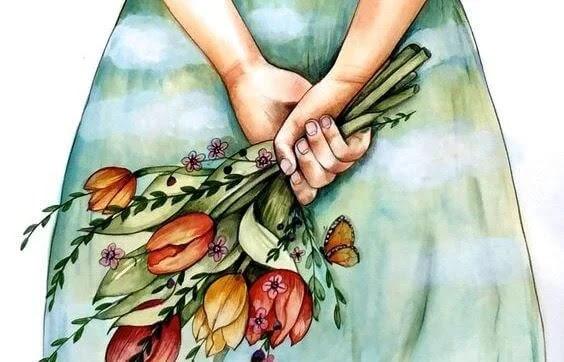 mujer con ramo de flores a la espalda