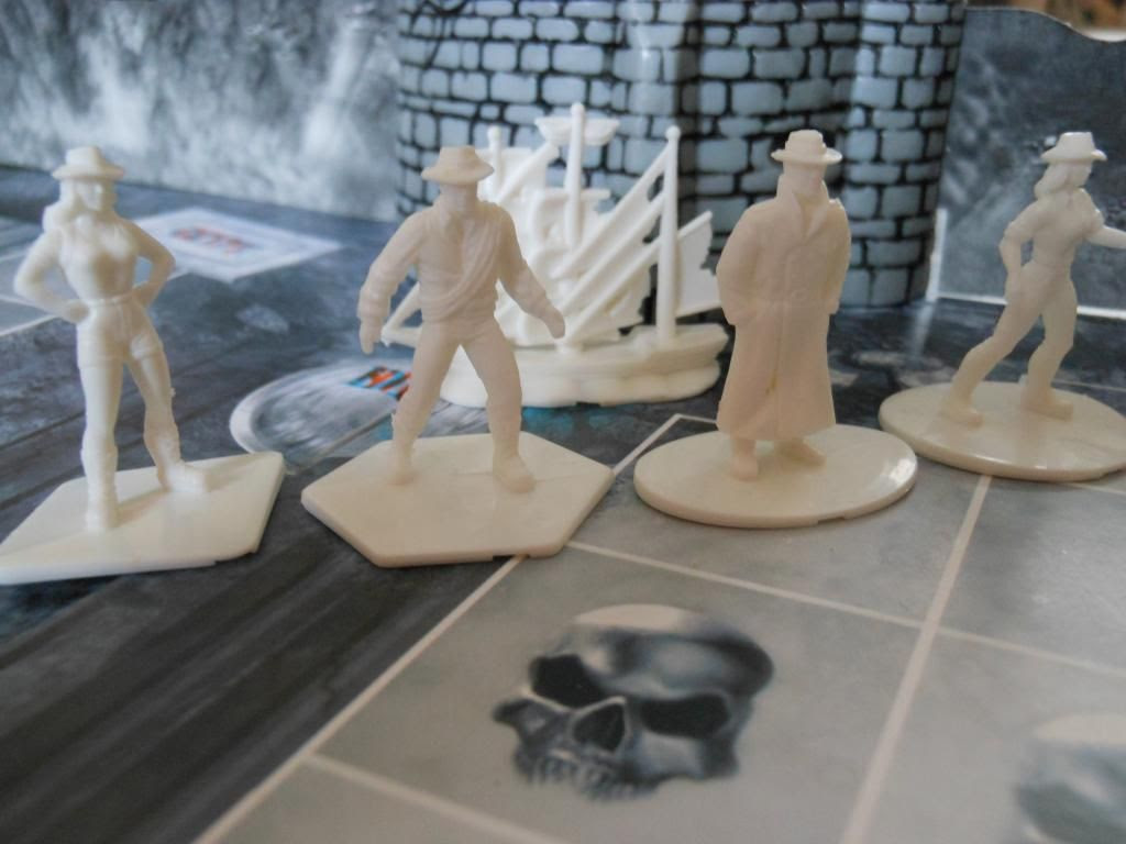 Vampire Hunter playing pieces