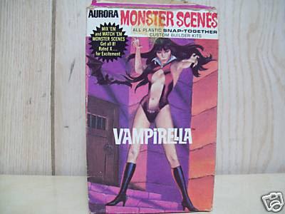 auroramonsterscenes_vampirella