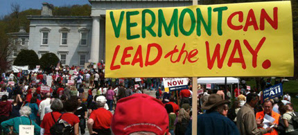 A rally in Vermont for single-payer healthcare, 05/05/10. (photo: Jobs with Justice/flickr)