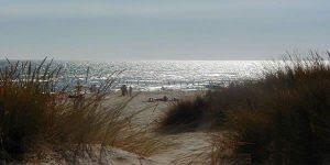 Playa de Castilla, donde se localiza la Torre San Jacinto. / Foto: holidays.com.