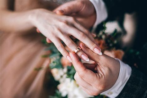 Why Is A Wedding Ring Worn on a Woman's Left Hand?   The