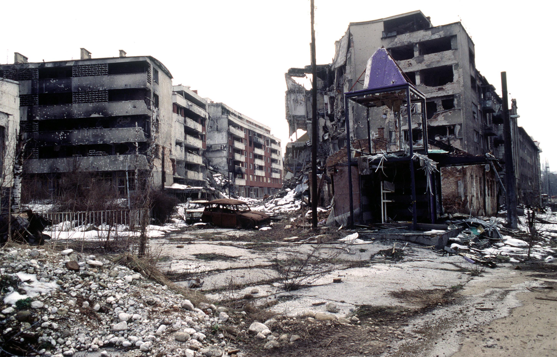 http://upload.wikimedia.org/wikipedia/commons/5/5d/Sarajevo_Grbavica.JPG