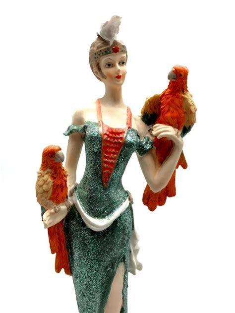 Da Vinci Collection Porcelain Figurine Art Deco Woman with