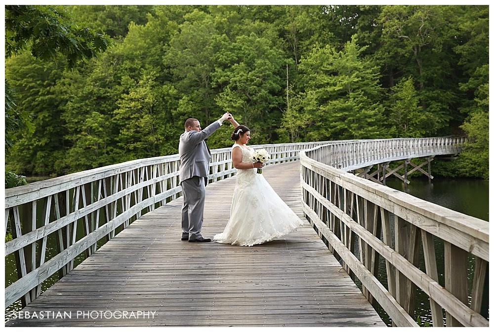 Sebastian_Photography_Studio_CT_Wedding_Lake_Of_Isles_Golf_Foxwoods_023
