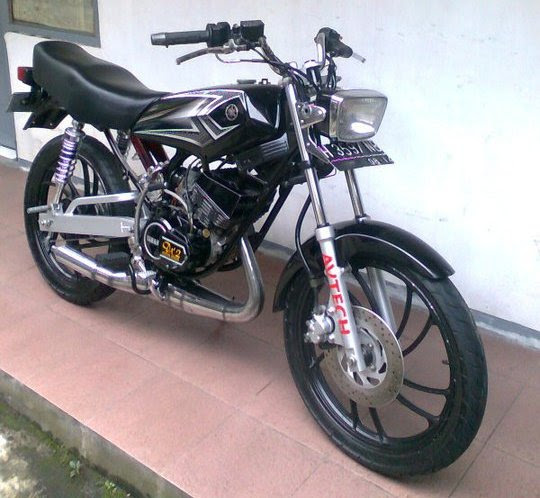 Kolesirx King Yamaha RX KING Modif Minimalis Penjelajah PUlau Jawa