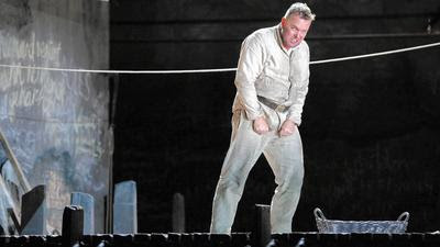 Review: Lyric Opera's 'Wozzeck' a 'masterpiece of 20th-century music theater'