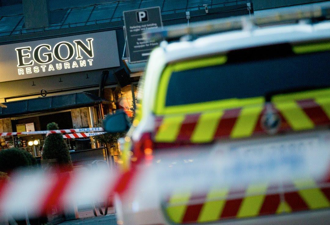 SKUDD AVFYRT: Torsdag kveld ble flere skudd avfyrt rundt restaurant Egon ved Triaden i Lørenskog. Politiet har i helgen jobbet for å hindre en åpen gjengkrig i Oslo.