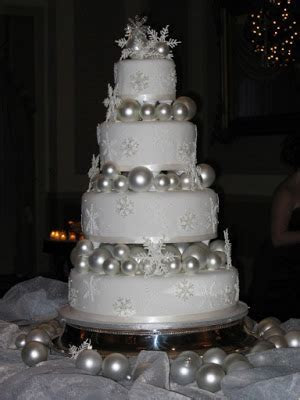 Austin Wedding Cakes: Christmas Wedding Cake