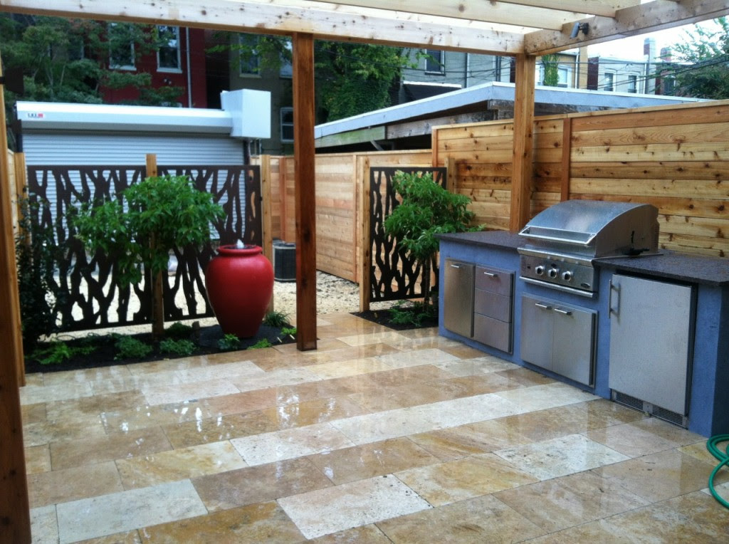 Modern Outdoor Kitchen 1024x764
