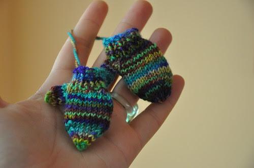 Mini mittens (3)