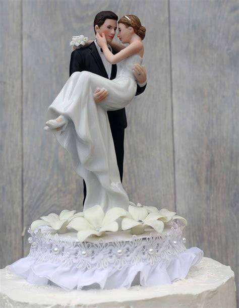 Traditional wedding cake toppers bride and groom   idea in