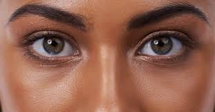 9 Foods That  Would Help Improve The Eye Sight
