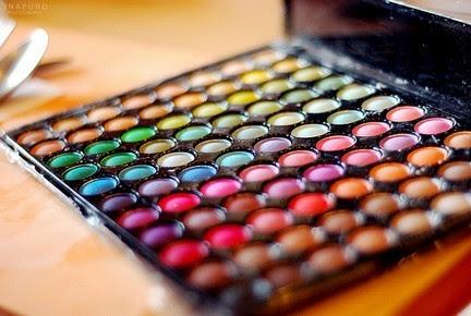 Niver no Blog! Tem sorteio !! Paleta de Sombra 80 cores!!!