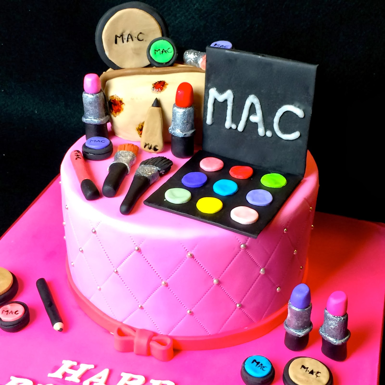 Wacky And Whimsical Birthday Cake Ideas For Women