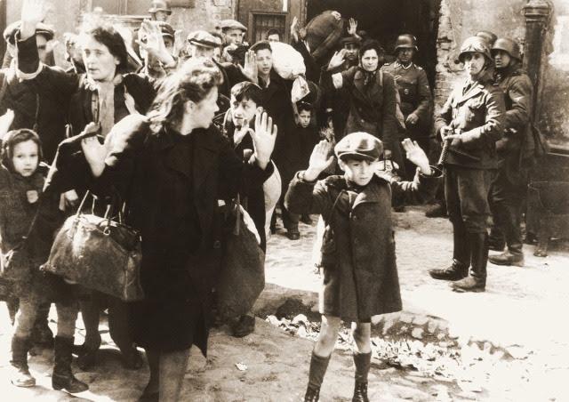 """Dyrektor FBI: za Holokaust odpowiadają """"wspólnicy nazistów z Niemiec, Polski i Węgier"""""""