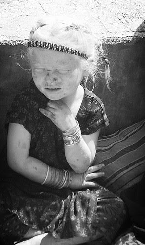 Badi Badi Akhiyon Se Darr Gaya Ji by firoze shakir photographerno1