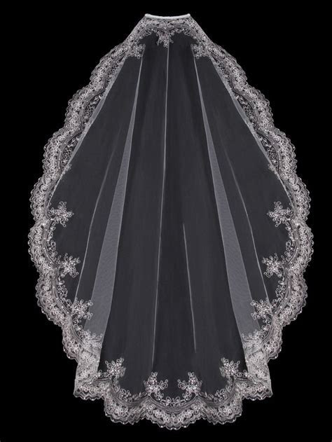 374 best images about Wedding Veils on Pinterest   The