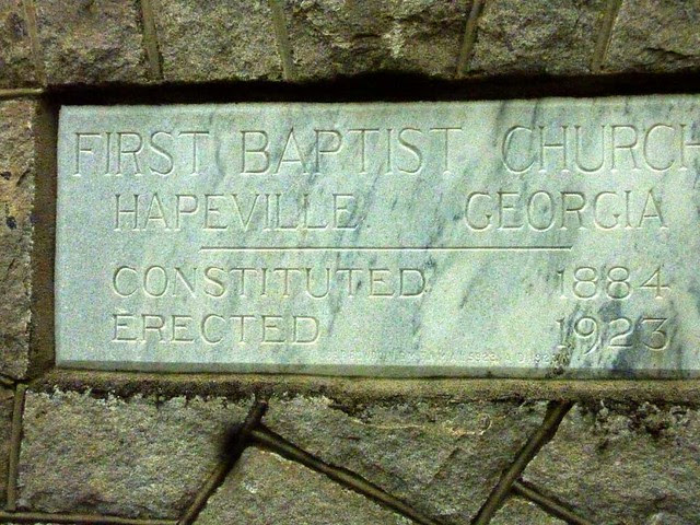 P1090863-2011-04-15-Hapeville-1st-Baptist-Church-old-stone-church-Cornerstone-contrast