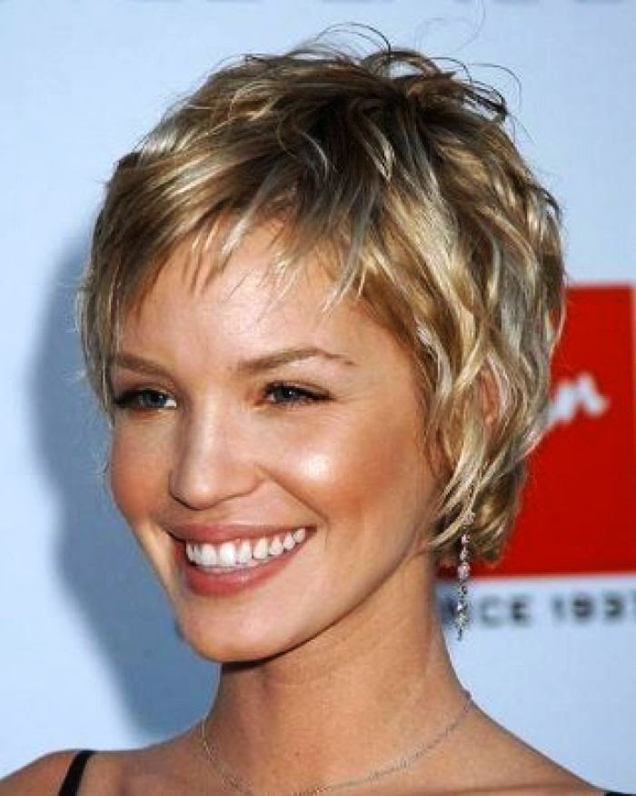 Short Hairstyles For Fine Thin Hair And Oval Face Hair Color Ideas Hairstyle Review
