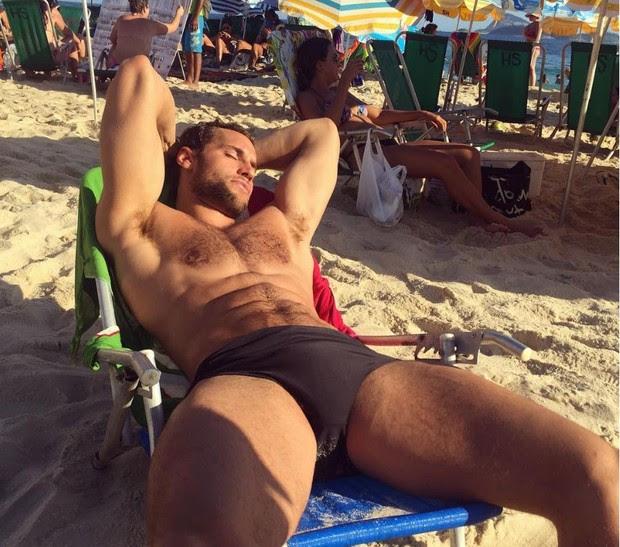 Franco Noriega esteve em abril no Rio de Janeiro e foi à praia de Ipanema (Foto: Reprodução/Instagram)