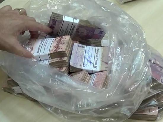 dinheiro_naur