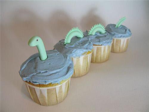 cute food photos - Loch Ness Cupcakes