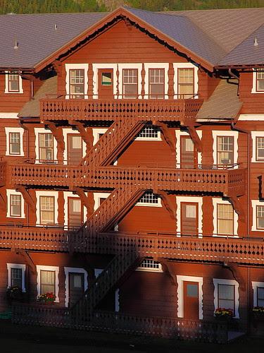 IMG_0564 Many Glacier Hotel