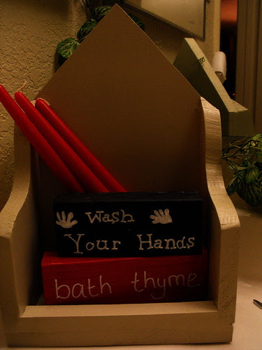 Bathroom Prim shelf
