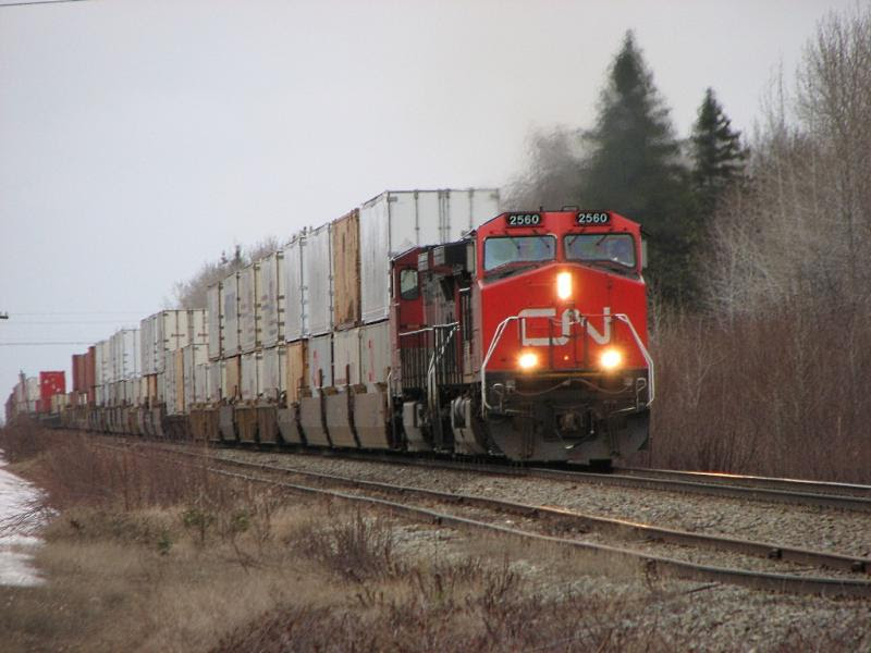 CN 2560 in Belledune, NB on May 1, 2008
