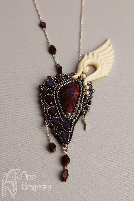 Новый Ангел. Анна Брагинская — украшения из бисера