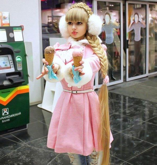 Pessoas reais que viraram verdadeiras bonecas humanas