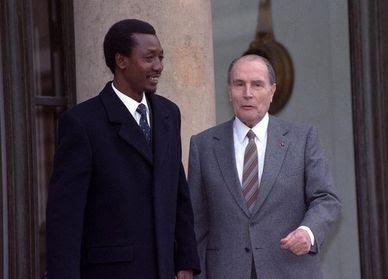 Mitterrand-et-Idriss-Deby.jpg