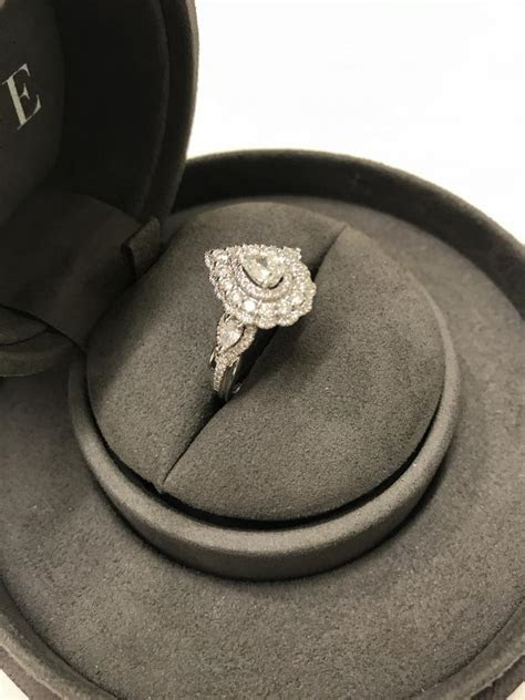 Zales Vera Wang LOVE Collection Engagement Ring *PRICED TO