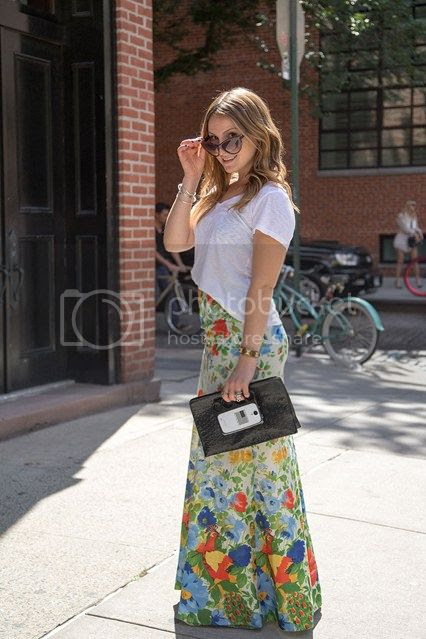 photo Elizabeth-Kott-new-york-fashion-week-street-chic-vogue-7sept13-dvora_426x639_zps4e61ace2.jpg