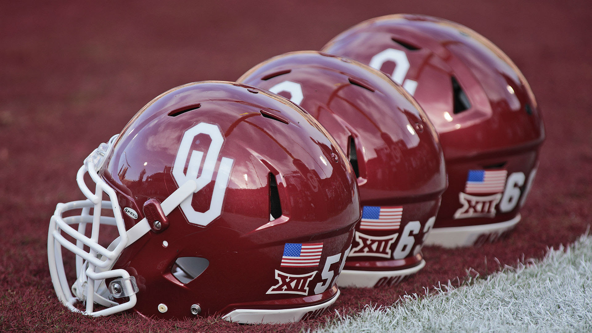 Oklahoma wide receiver Spencer Jones picks fight with MMA-trained person, nearly loses eye