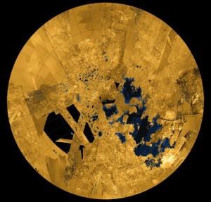 Os mares do polo norte de Titã, uma das luas de Saturno.