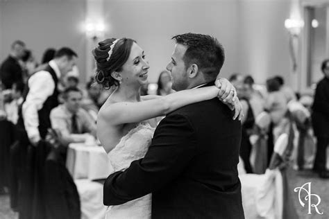 Montdale Country Club Wedding Photography   Kris and Erica