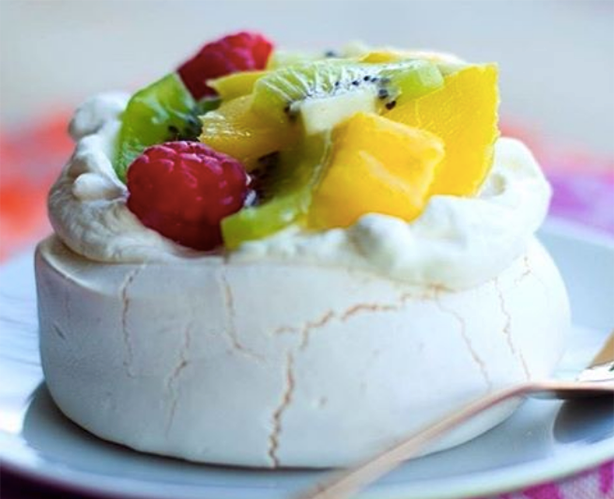 This Iconic Aussie (and New Zealand) Dessert Is Perfect ...