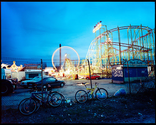 Fun Fair in Braunschweig, Germany (HDR) por grooveb