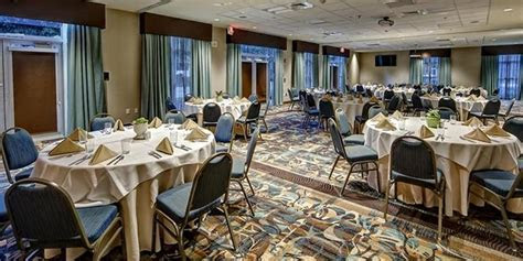 Hilton Garden Inn Charleston / Mt. Pleasant Weddings   Get
