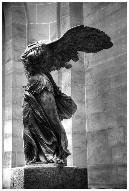 Louvre 2 (WInged Victory)