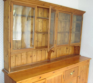 Dresser_1